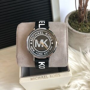 NEW MK WATCH AUTHENTIC